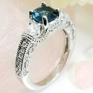 Jewelry - Sterling Silver Aqua Blue Topaz Ring Size 8